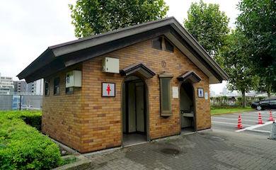 上野公園内トイレ10