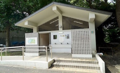 上野公園内トイレ9